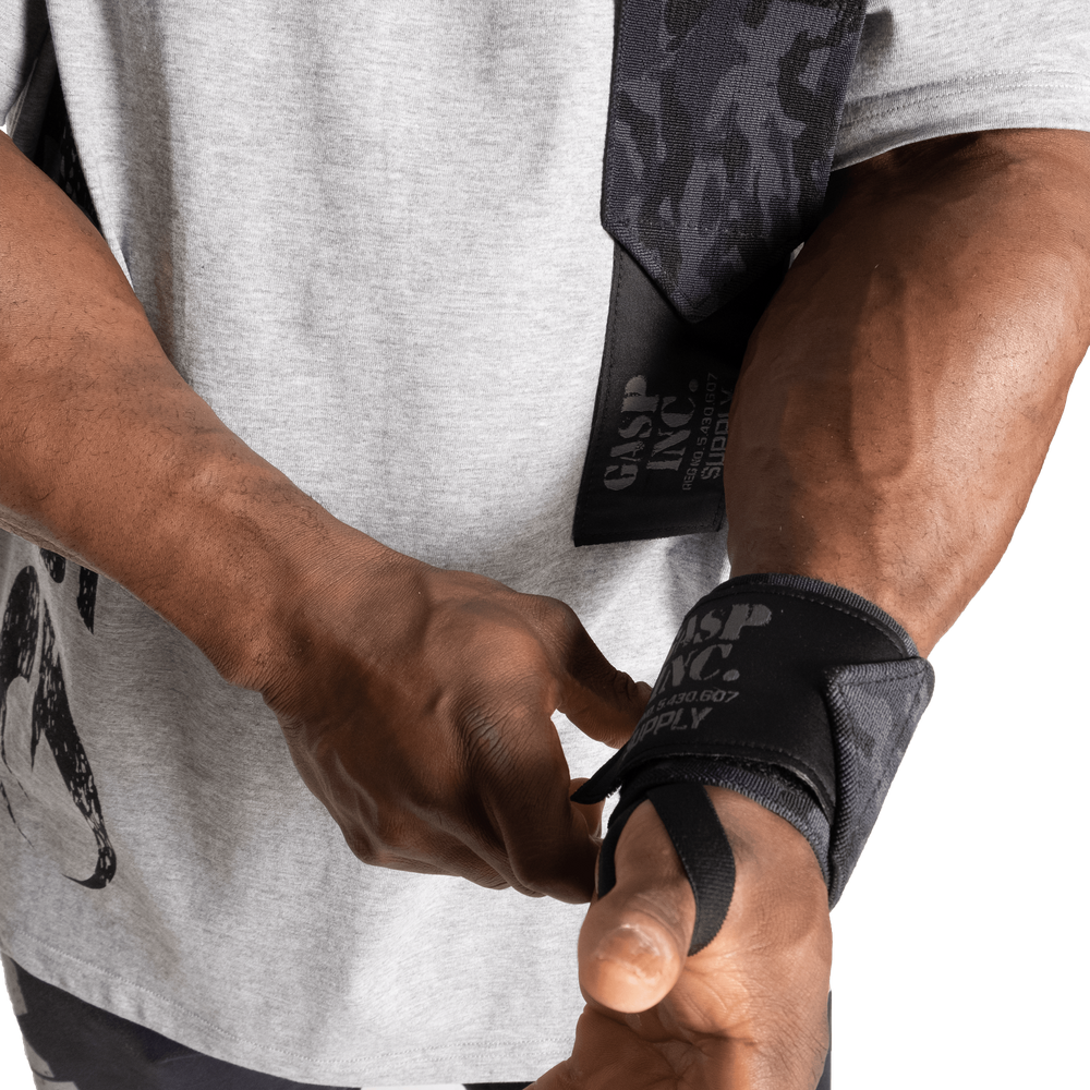 "Gallery image of Heavy Duty Wrist wraps 24"""